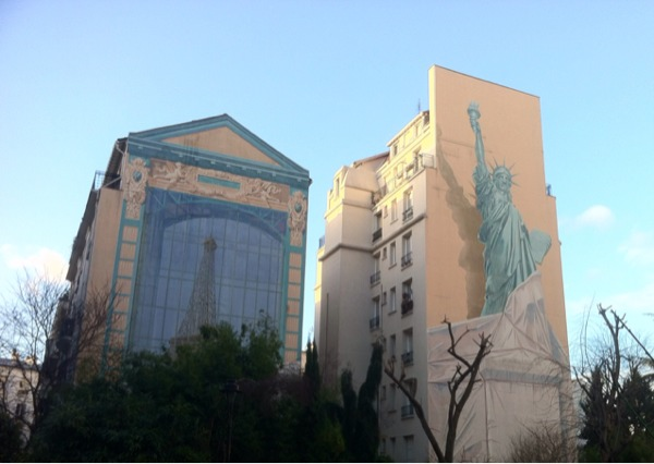 New York or Paris ?