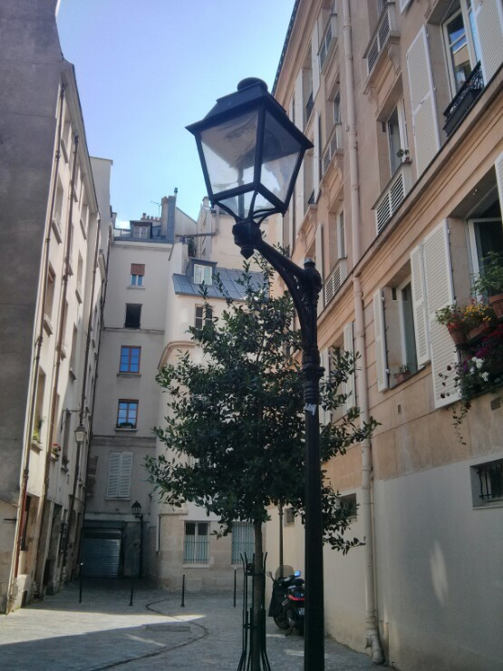 Parisian Lamp